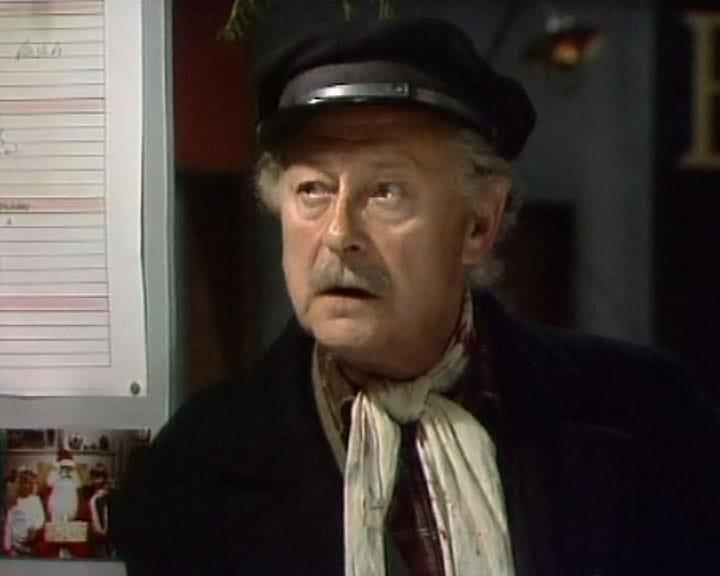 Torvet - Poul Reichhardt som juletræssælger