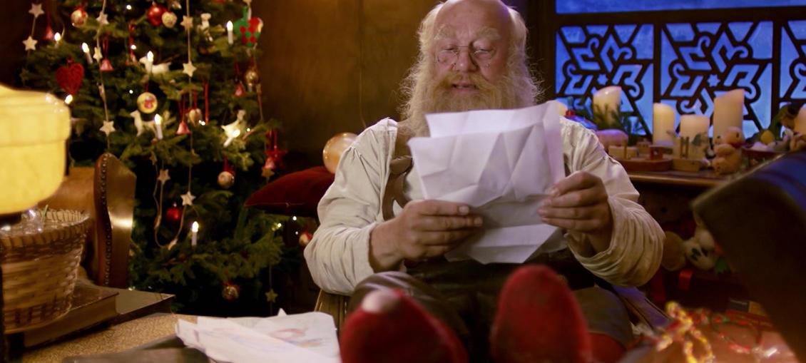 Julius modtager brevet fra Selma og spekulerer på, om det kan være hans søn Albins datter? Selma og Ruth diskuterer voldsomt, og de bliver begge ret oprørte.